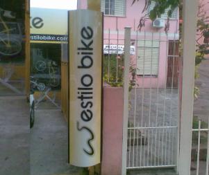 Totem-Canoas-Placas-Centeno