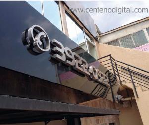 fachada_com_led_centeno
